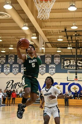 Murrieta Mesa High School's Lewis Singleterry IV basketball player